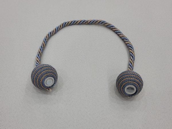 mavi krem miknatis perde toplama aparati